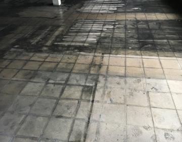 Tahma ja veekahjustustega põrand